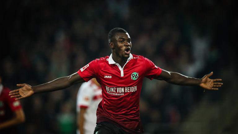 Ihlas Bebou celebrates Hannover's first goal
