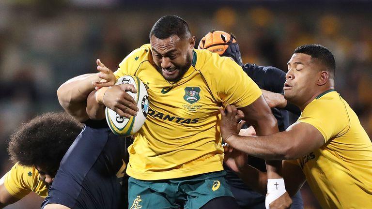 Sekope Kepu makes a run for Australia