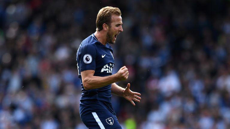 Harry Kane celebrates giving Tottenham a 3-0 lead
