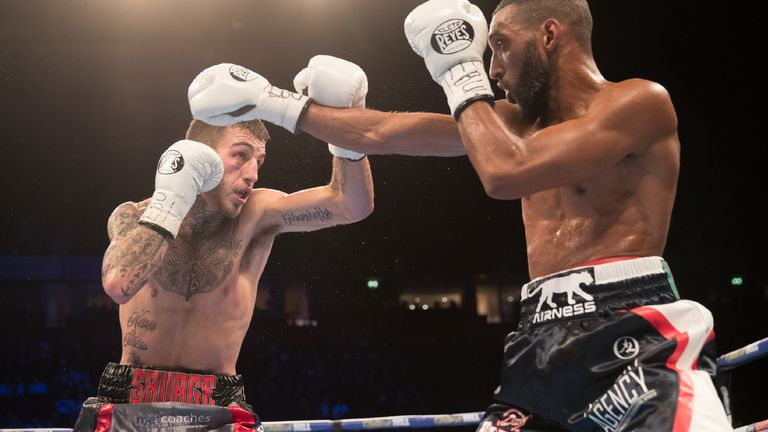 Mohamed Mimoune (R) defeated Sam Eggington in Manchester