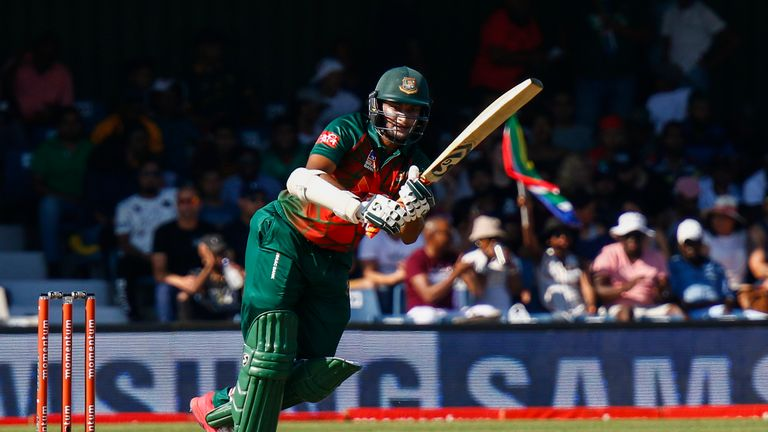 Duminy-led South Africa opt to bat
