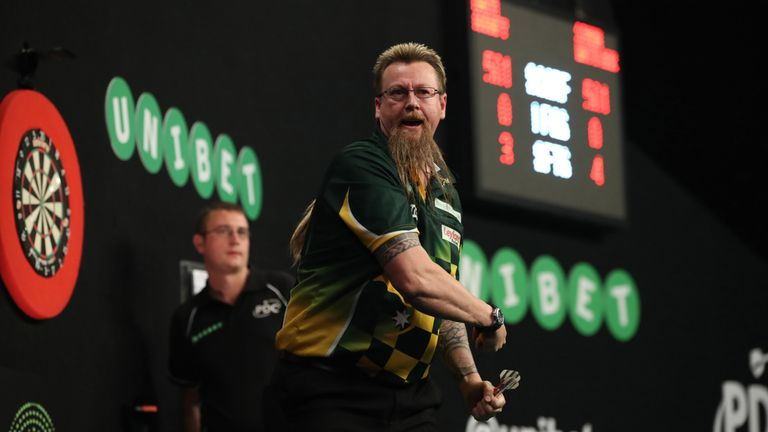 Former Premier League finalist Simon Whitlock is one of two players returning to the 2018 event