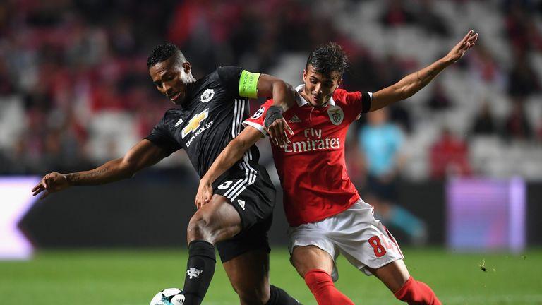 Antonio Valencia challenges Diogo Antonio Cupido Goncalves