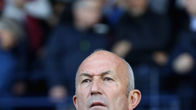 WEST BROMWICH, ENGLAND - OCTOBER 28:  Tony Pulis, Manager of West Bromwich Albion looks on prior to the Premier League match between West Bromwich Albion a