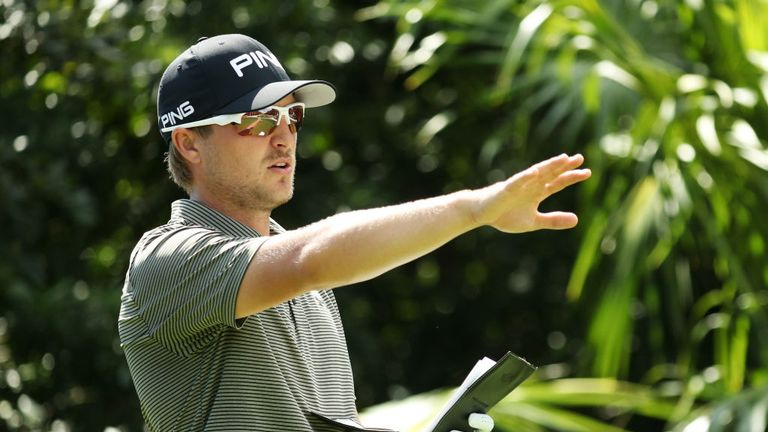 Ex-Hog Cook earns first victory on PGA Tour, Masters invite