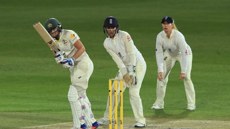 England deny Aussies in women's Ashes Test