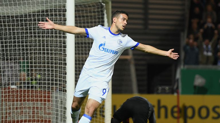 Franco Di Santo netted for Schalke in their win over Augsburg
