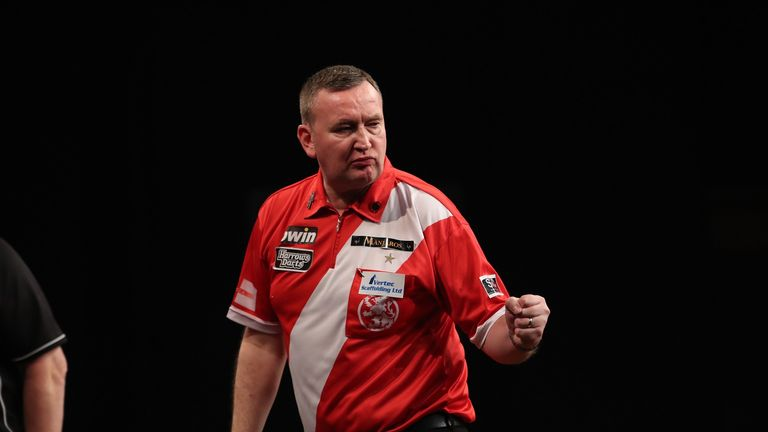 Defending champion Glen Durrant is through to Lakeside semi-finals