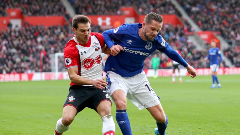 Gylfi Sigurdsson (right) wants improvement from Everton