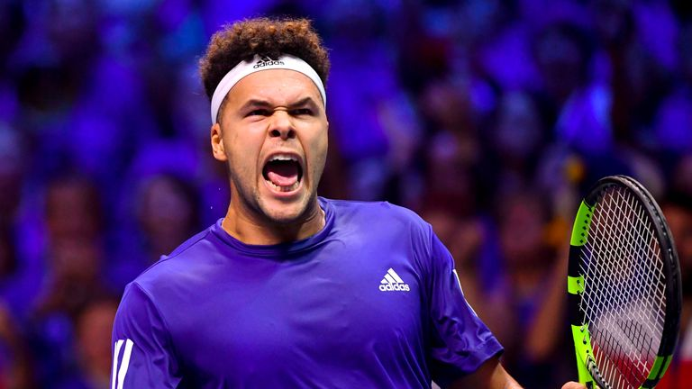 Jo-Wilfried Tsonga stormed to victory over Steve Darcis to level the Davis Cup final