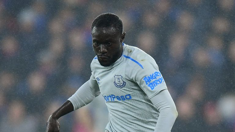 Oumar Niasse of Everton in action during the Premier League match between Crystal Palace and Everton at Selhurst Park