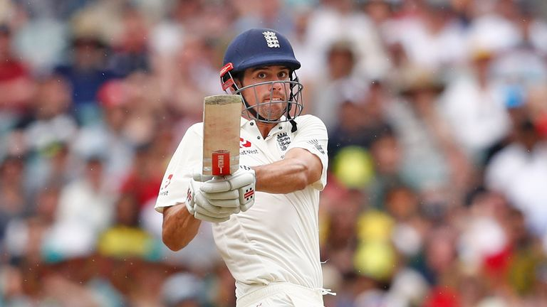 England trail by 135 runs on Day 2 of 4th Ashes Test