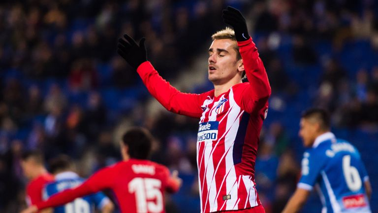 La liga round up espanyol inflict atletico madrids first la liga antoine griezmann was helpless as atletico madrid slipped to their first league defeat of the season voltagebd Image collections
