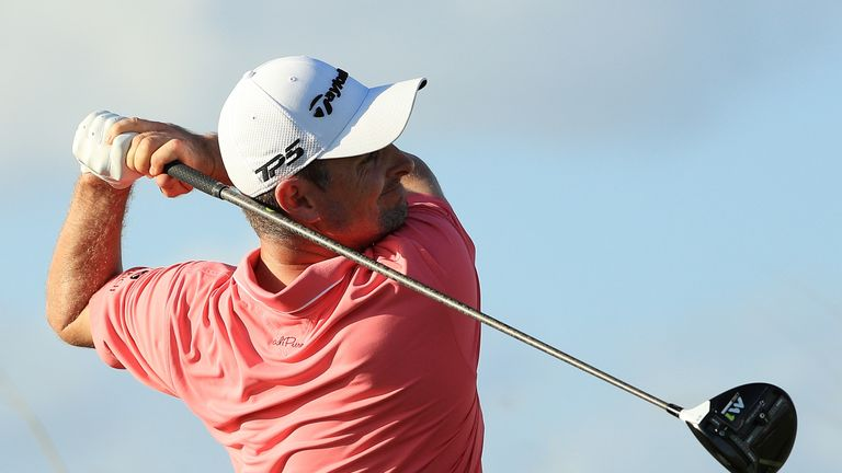 Simpson cruises to four-stroke victory at Players Championship