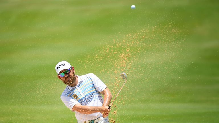 Louis Oosthuizen made a late charge up the Mauritius Open leaderboard
