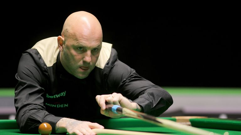 Mark King won four of the last five frames to defeat John Higgins