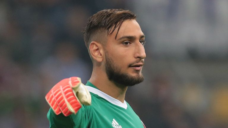 MILAN, ITALY - OCTOBER 15:  Gianluigi Donnarumma of AC Milan gestures during the Serie A match between FC Internazionale and AC Milan at Stadio Giuseppe Me