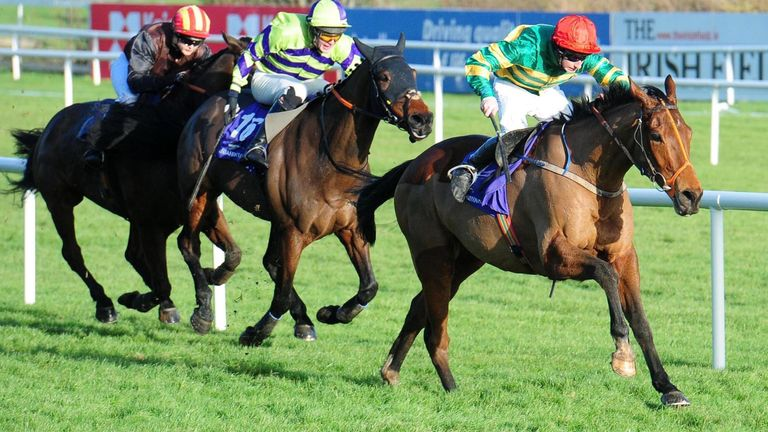 Spider Web powers clear at Leopardstown