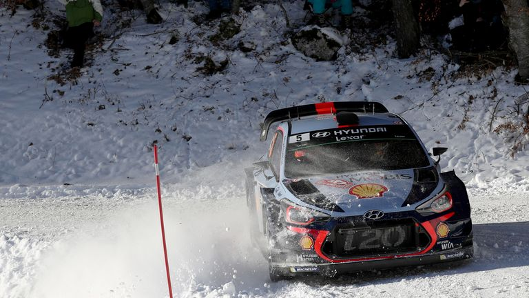 Sainz to drive Monte Carlo Rally stage