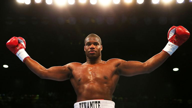 Dubois did not put Joshua down in sparring, says Clarke