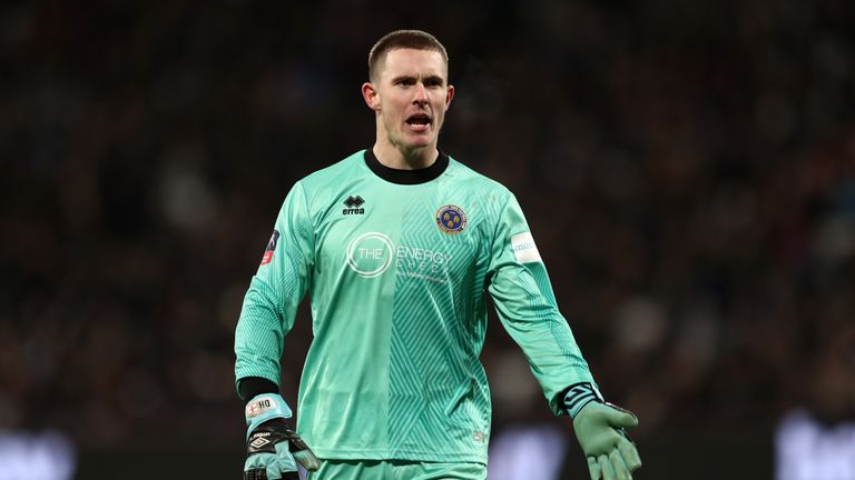 Dean Henderson is attracting interest from Chelsea and Arsenal