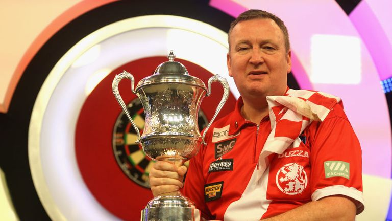 Durrant reveals surprise practice partner after reaching Lakeside final