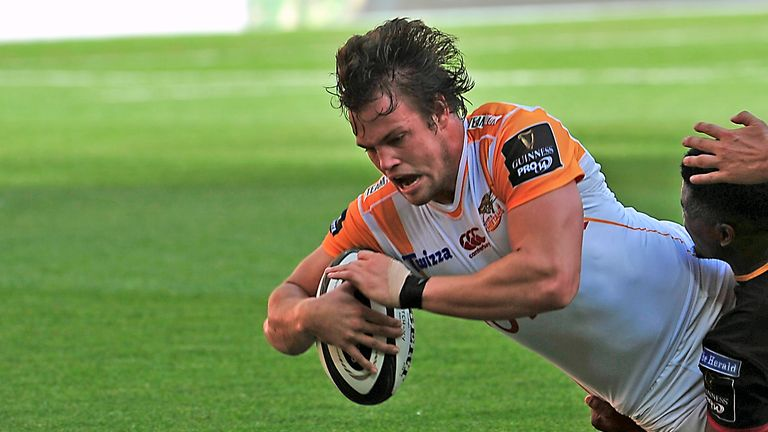 Nico Lee goes over for one of his tries