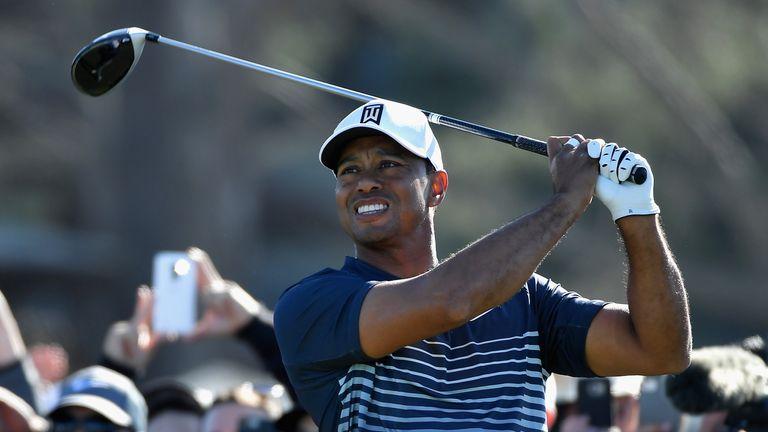 Tiger Woods in danger of missing cut at Torrey Pines