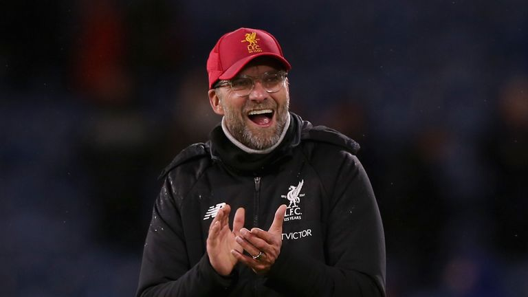 BURNLEY, ENGLAND - JANUARY 01:  Jurgen Klopp, Manager of Liverpool shows appreciation to the fans after the Premier League match between Burnley and Liverp