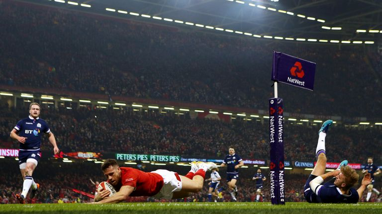 Gareth Davies scored Wales&#039 first try against Scotland