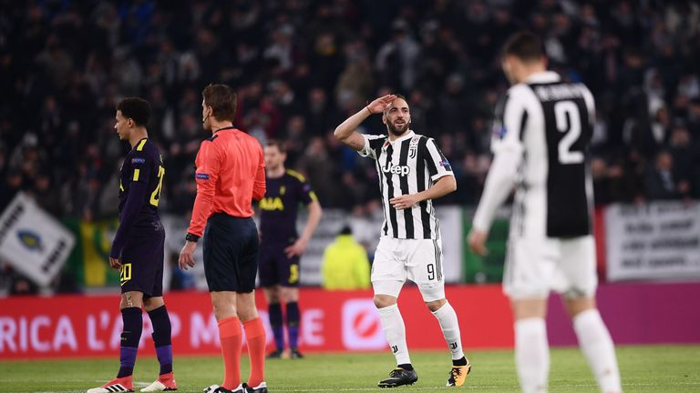 Pochettino acknowledged players like Gonzalo Higuain sometimes cannot be stopped