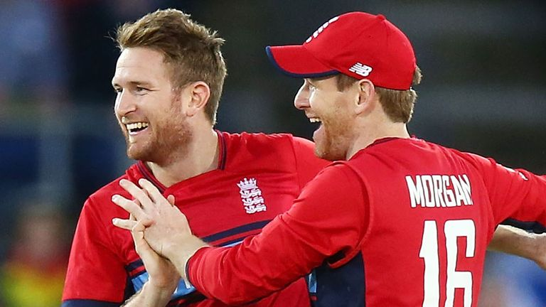 Liam Dawson and Eoin Morgan in Twenty20 action for England