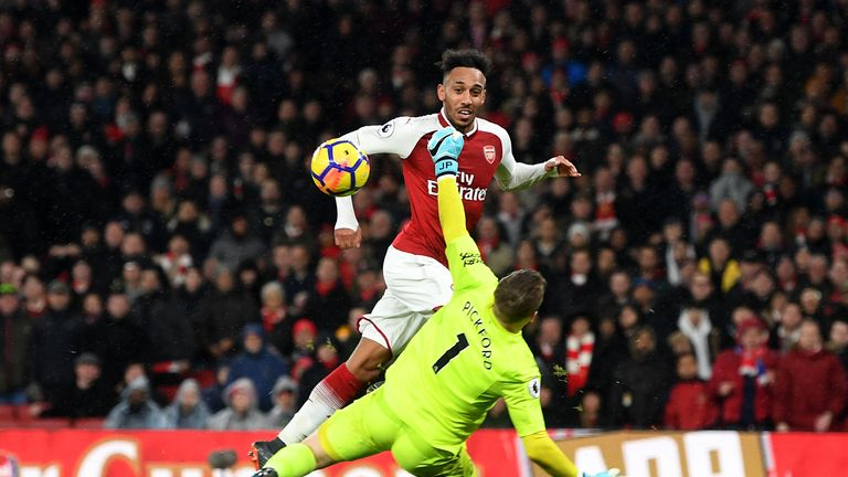 Aubameyang Picture: Pierre-Emerick Aubameyang Impresses On His Arsenal Debut