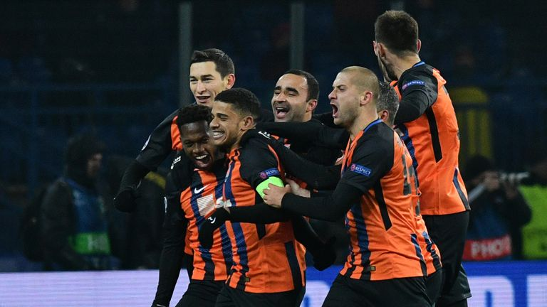 Shakhtar Donetsk's players celebrate Fred's goal against Roma