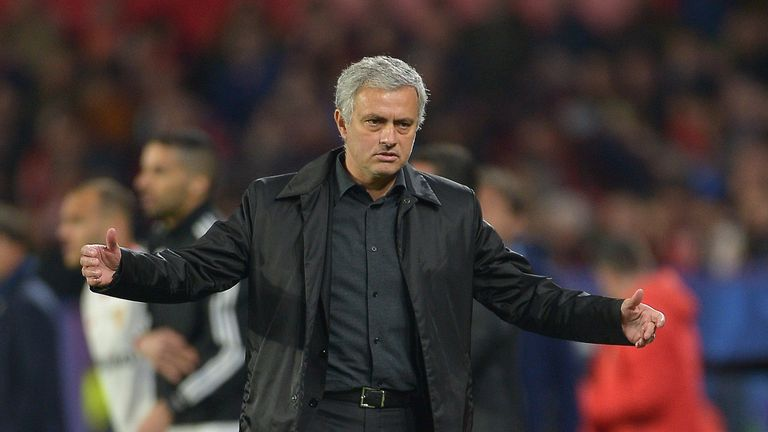 SEVILLE, SPAIN - FEBRUARY 21:  Jose Mourinho, Manager of Manchester United looks on during the UEFA Champions League Round of 16 First Leg match between Se