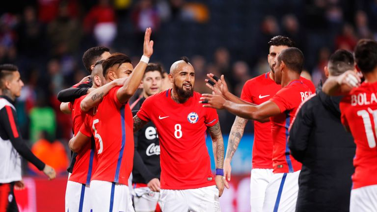 Arturo Vidal (C) scored Chile's opener in Stockholm