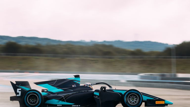 Alexander Albon in the newly-liveried DAMS