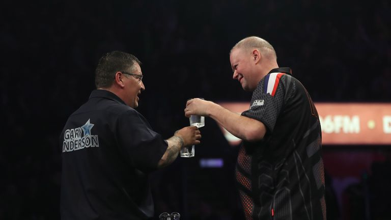 Anderson and Van Barneveld have both struggled at this event over recent years