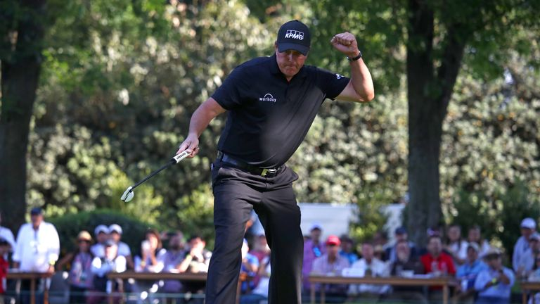 Phil Mickelson became the oldest player to win a WGC title in Mexico