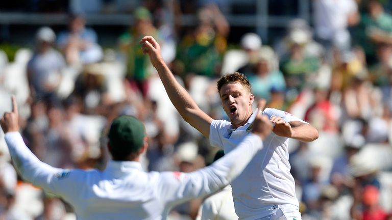 Morne Morkel celebrates his 400th Test wicket for South Africa