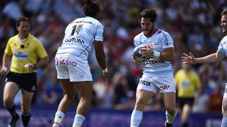Maxime Machenaud was gifted a try by Thomas in the in-goal area when the winger could have had a hat-trick for himself