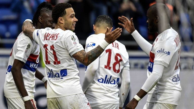 Memphis Depay scored as Lyon beat Amiens