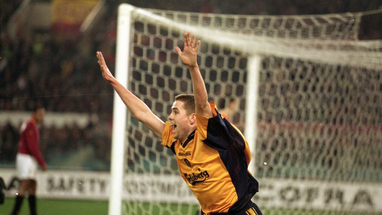 Michael Owen scored twice as Liverpool beat Roma 2-0 en route to winning the UEFA Cup in 2001