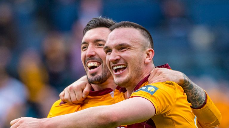 Motherwell's Ryan Bowman (L) celebrates with Tom Aldred at full-time