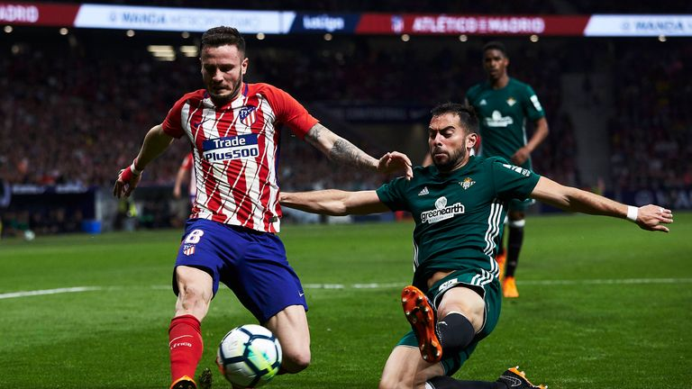 Saul Niguez missed a big chance for Atletico Madrid against Real Betis