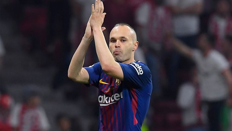 Barcelona's Spanish midfielder Andres Iniesta applauds as he leaves the field during the Spanish Copa del Rey (King's Cup) final football match Sevilla FC against FC Barcelona at the Wanda Metropolitano stadium in Madrid on April 21, 2018. (Photo by LLUIS GENE / AFP)        (Photo credit should read LLUIS GENE/AFP/Getty Images)