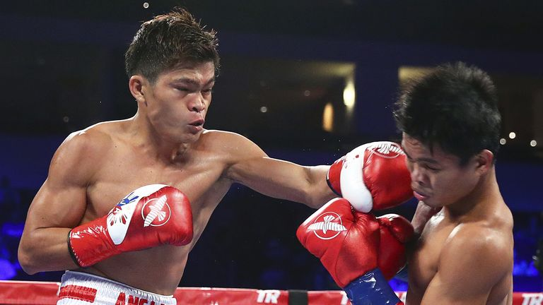Jerwin Ancajas (l) was always in control (Mikey Williams)