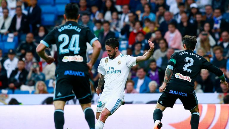 Isco lets fly to add a third before half-time against Celta