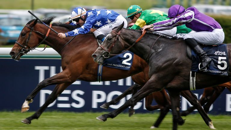 Olivier Peslier and Teppal win the French 1000 Guineas