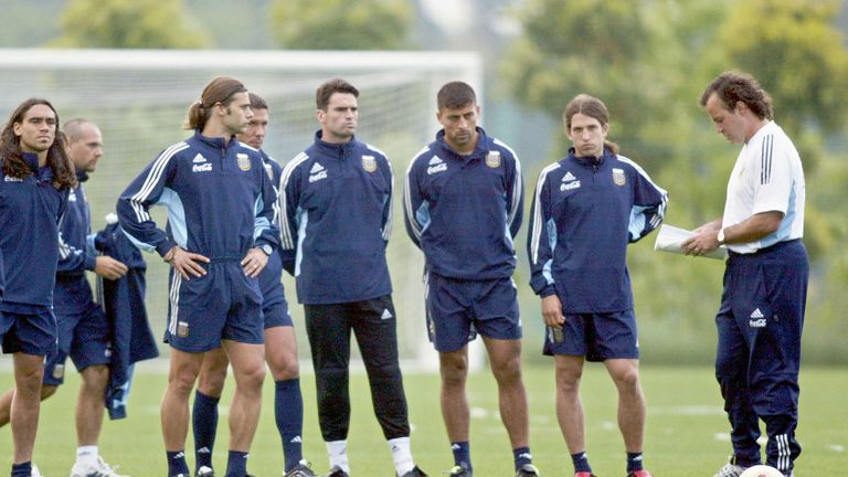 Marcelo Bielsa coach the Argentina national team for six years from 1998